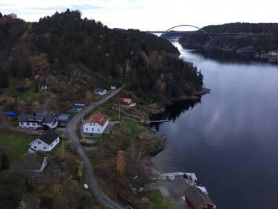 สะพานใหม่ เชื่อม ระหว่างประเทศนอร์เวย์ และ ประเทศสวีเดน ที่ Svinesund มีฟยอร์ดสวยงามมาก
